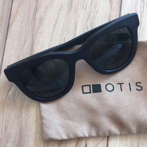 Otis Mona Women's mineral glass black sunglasses